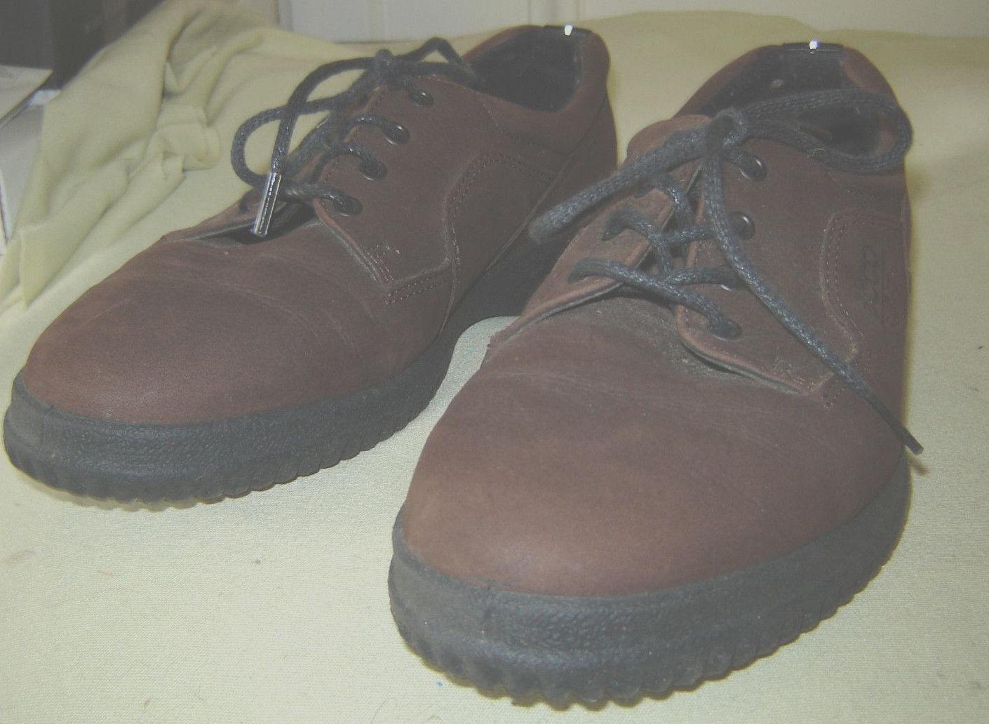 Ecco Brown  Walking Shoe Size 9 or 40/Med. width - $14.85