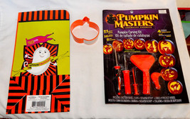 Halloween Mix Lot Pumpkin Masters carving Kit & Treat Bag Cookie Cutter 43E - $7.89