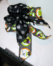 """Halloween Bow From Michaels 12"""" x  9"""" Wired Bendable Decor Witches Monst... - $5.91"""