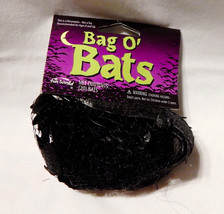 "Halloween Bag Of Bats by Fun World 20ea 4 3/4"" x 2"" Black Rubber on Stri... - $5.89"