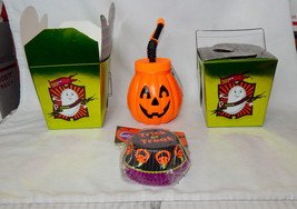 Halloween Celebrate It Mix Lot Drinking Cup Takeout Boxes Wilton Baking ... - $153,43 MXN
