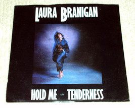 Laura branigan hold me 7in 1 thumb200