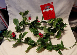 Ashland Garland 6ft Green Leaves Red Berries Fall Decor Picks All Holida... - $4.92