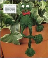 """Handsome Frog 4"""" Plant/Shelf Sitter Plastic Canvas Pattern Leaflet NEW - $1.77"""
