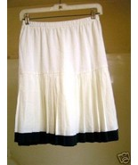 Vintage Creme and green pleated Tennis Skirt 10  - $5.00