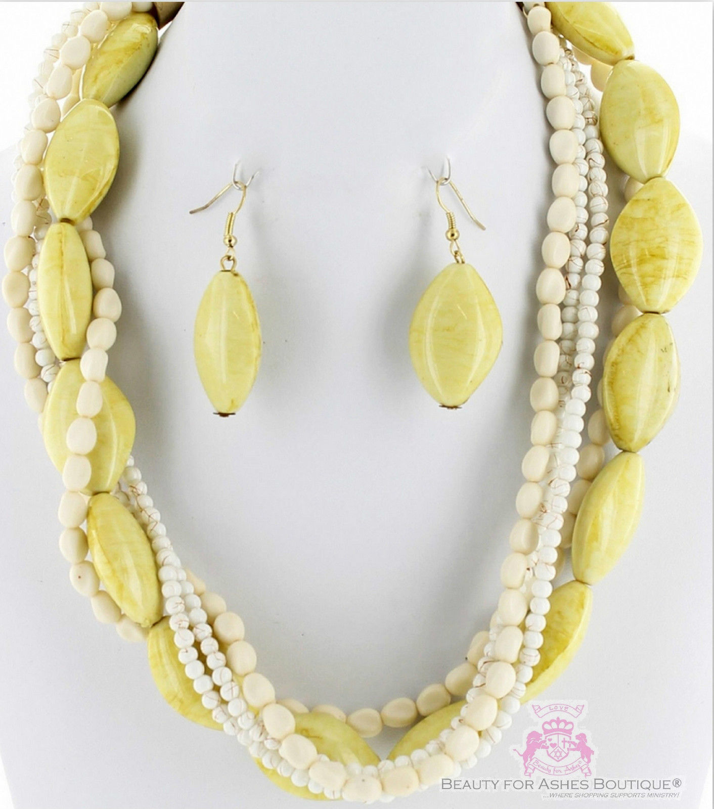 Creme Stone Look Fashion Natural Chunky Classic Acrylic Neutral Necklace Set image 2