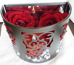 Roses in Snow - £28.78 GBP