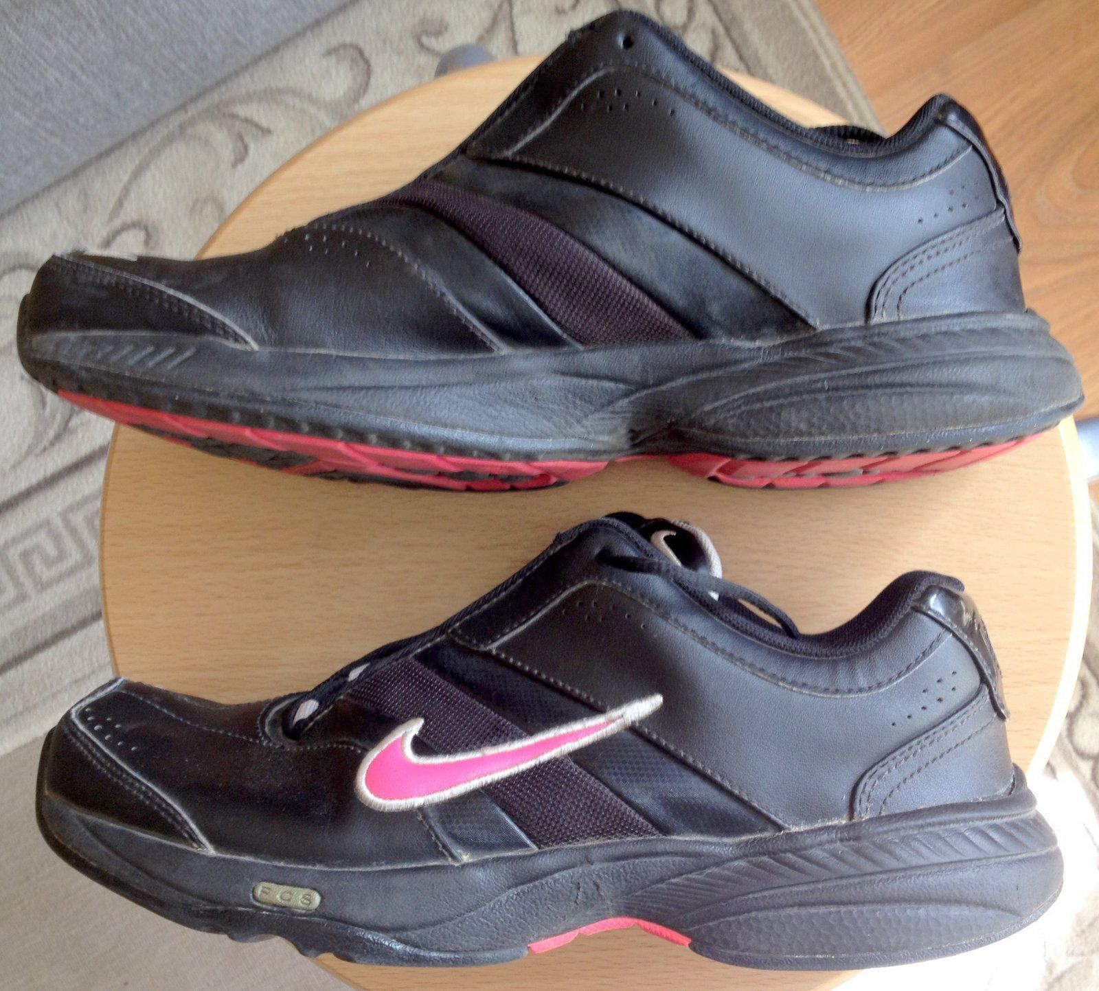 online store 817dc a0c7d EUR38 US7 UK4.5 24cm Nike Trainers Sports and 50 similar items