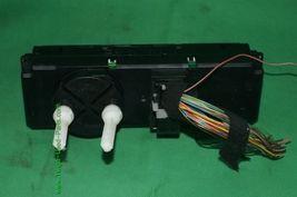 Audi TT AC Climate Control Center Dash Bezel Unit Heater 8N0 820 043A image 4