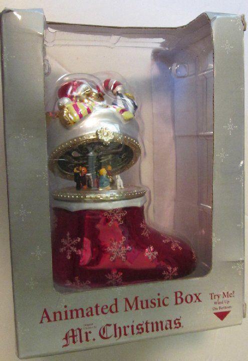 2006 MR Christmas stocking animated music box 5