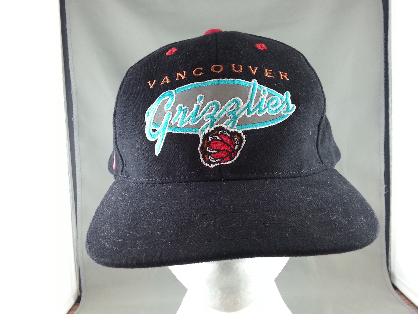 True Retro Vancouver Grizzlies Baseball Hat - By Pro Player - From the 1990s