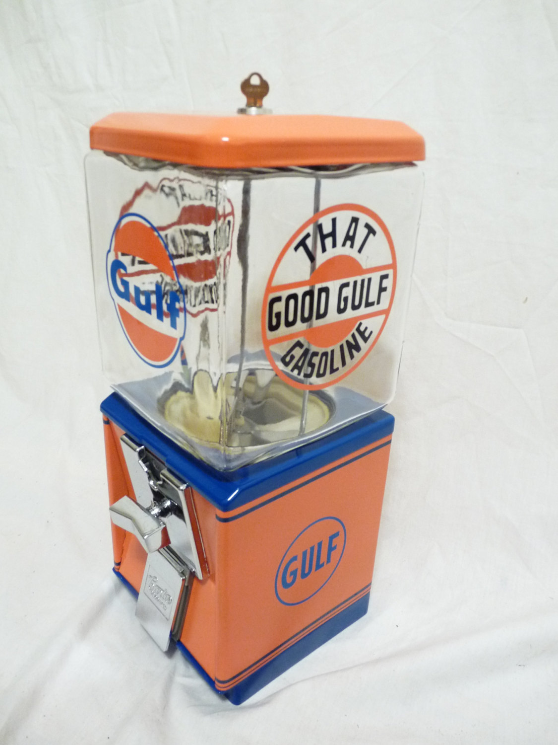 vintage Northwestern 60`s gumball candy machine Golf Gasoline  embossed glass gl