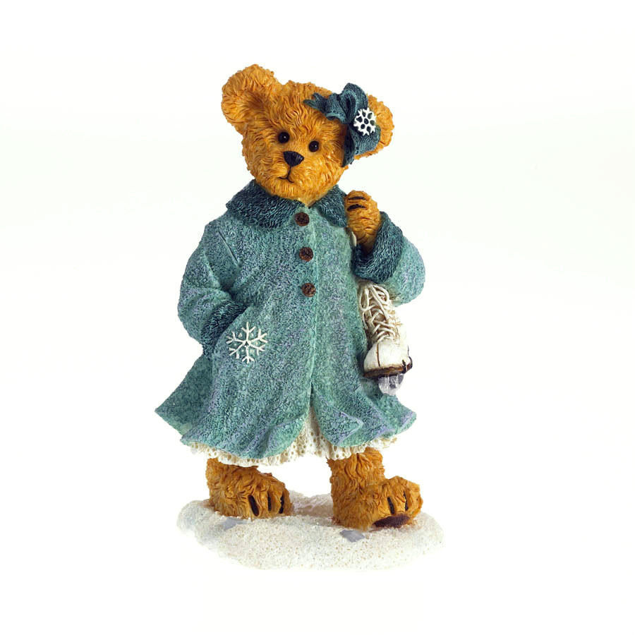 "Boyds Bearstone ""Bailey the Skater..Winters A Wonderland"" #4034162 -NIB- 2013"