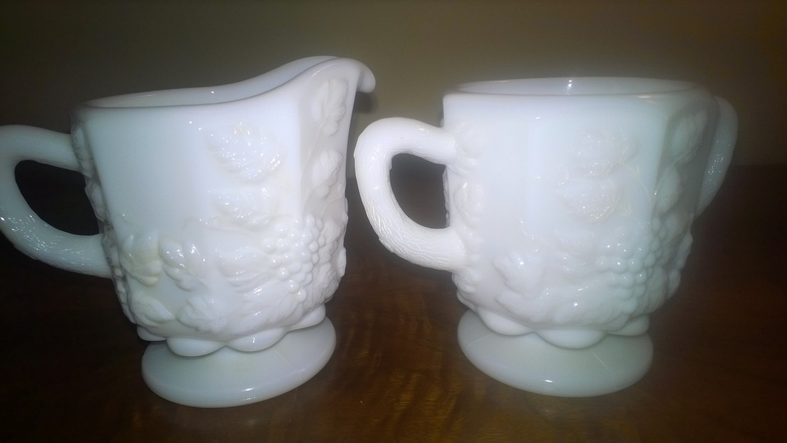 Westmoreland Paneled Grape Pattern Creamer and Sugar Set - $8.00
