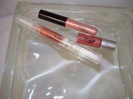 Stila Mini Trio All Over Luminizer Shimmer + Stila It Gloss +Kitten Lip gloss - $15.95