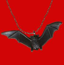 BAT AMULET PENDANT NECKLACE-Funky Dracula Vampire Gothic Jewelry - $6.97