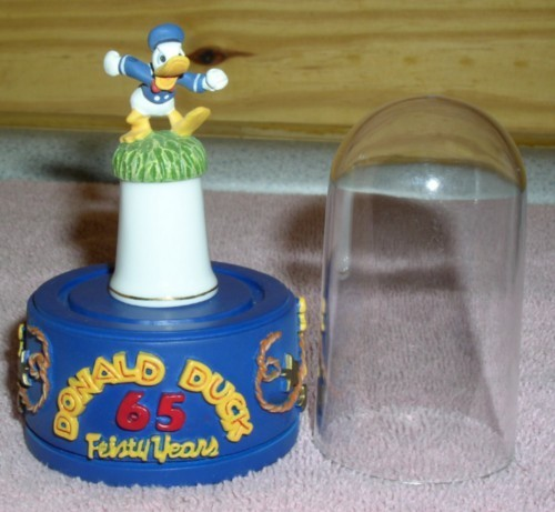 Primary image for Disney Donald Duck Running Thimble Feisty 65 Years stand & dome