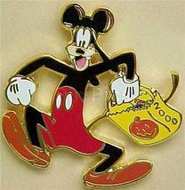 Disney Goofy Halloween 2000 dressed as Mickey  Pin/Pins - $55.00