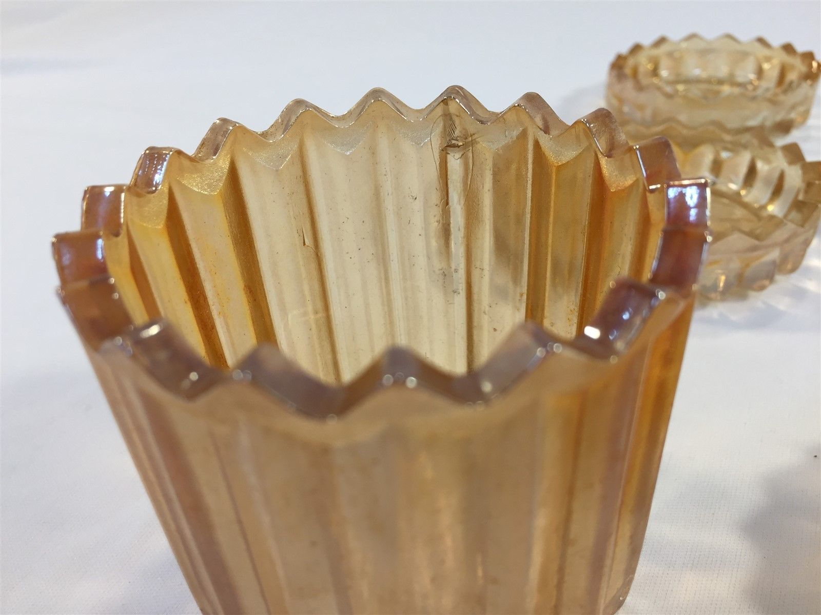 Vintage Peach Glass Glass Salts Set Saw Tooth With Container