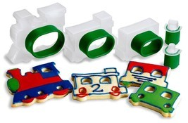 Cuisipro Train Set Snap-Fit 5-Piece Cookie Cutter Set - $12.88 CAD