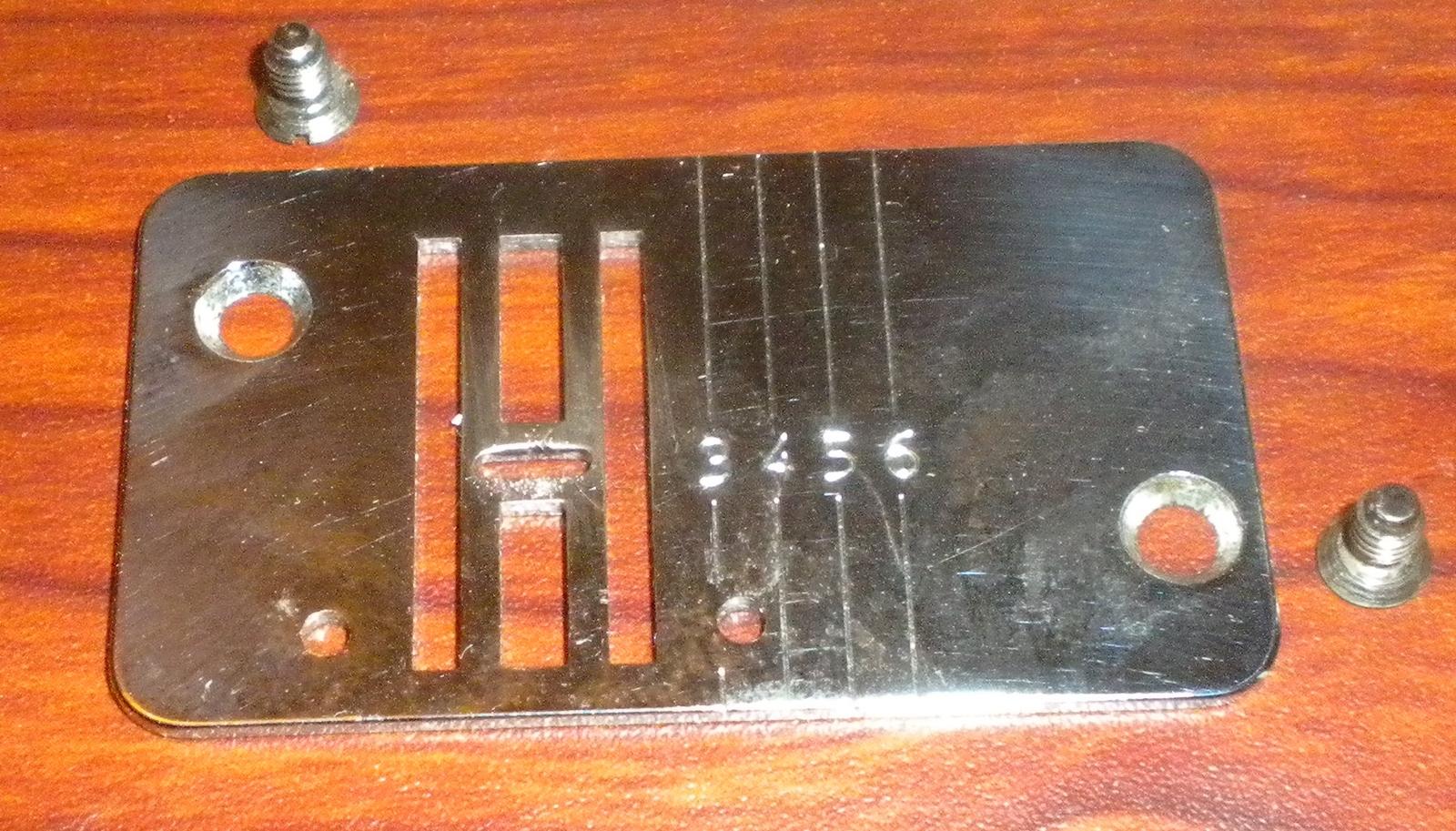 Viking Husqvarna 6030 Free Arm Throat (Needle) Plate Zig Zag w/Screws - $15.00