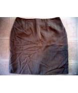Investments Designer Woman's Skirt Size 14 in tan - $9.99