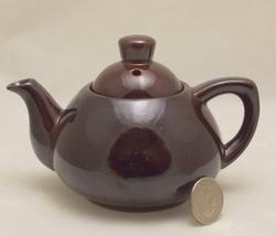 Epi Curio 112 Ming Tea Co individual brown mini teapot made in Japan - $15.89