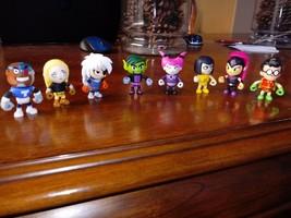 Teen Titans Go! 5.1cm Mini Figurines Ensemble Complet de 8 ~ Série 3 - $44.99