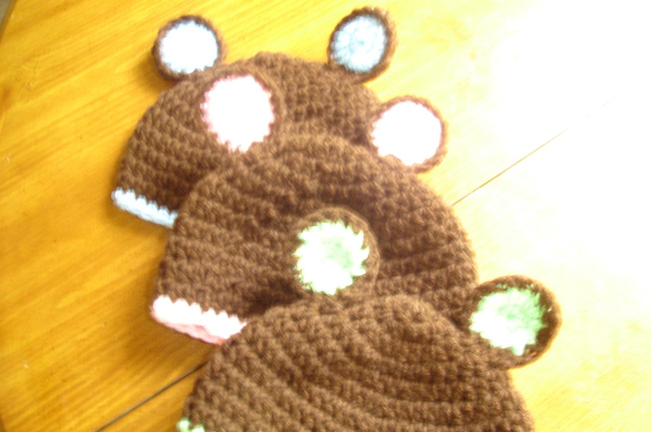 Teddyinitalbeanies 002