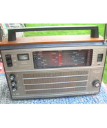 L216 VINTAGE SOVIET SELENA B-215 RADIO 8 BAND AM/UKW/SW WORLD RECEIVER - $128.69