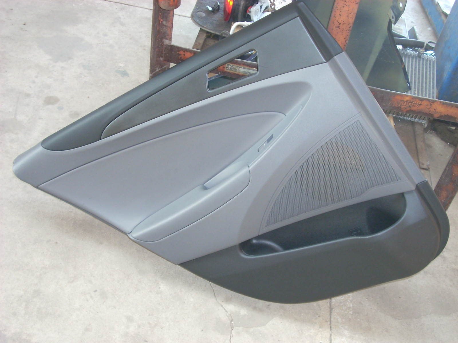 2011 HYUNDAI SONATA LEFT REAR DOOR TRIM PANEL