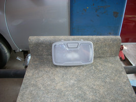 2011 HYUNDAI SONATA CENTER DOME LIGHT  - $20.00