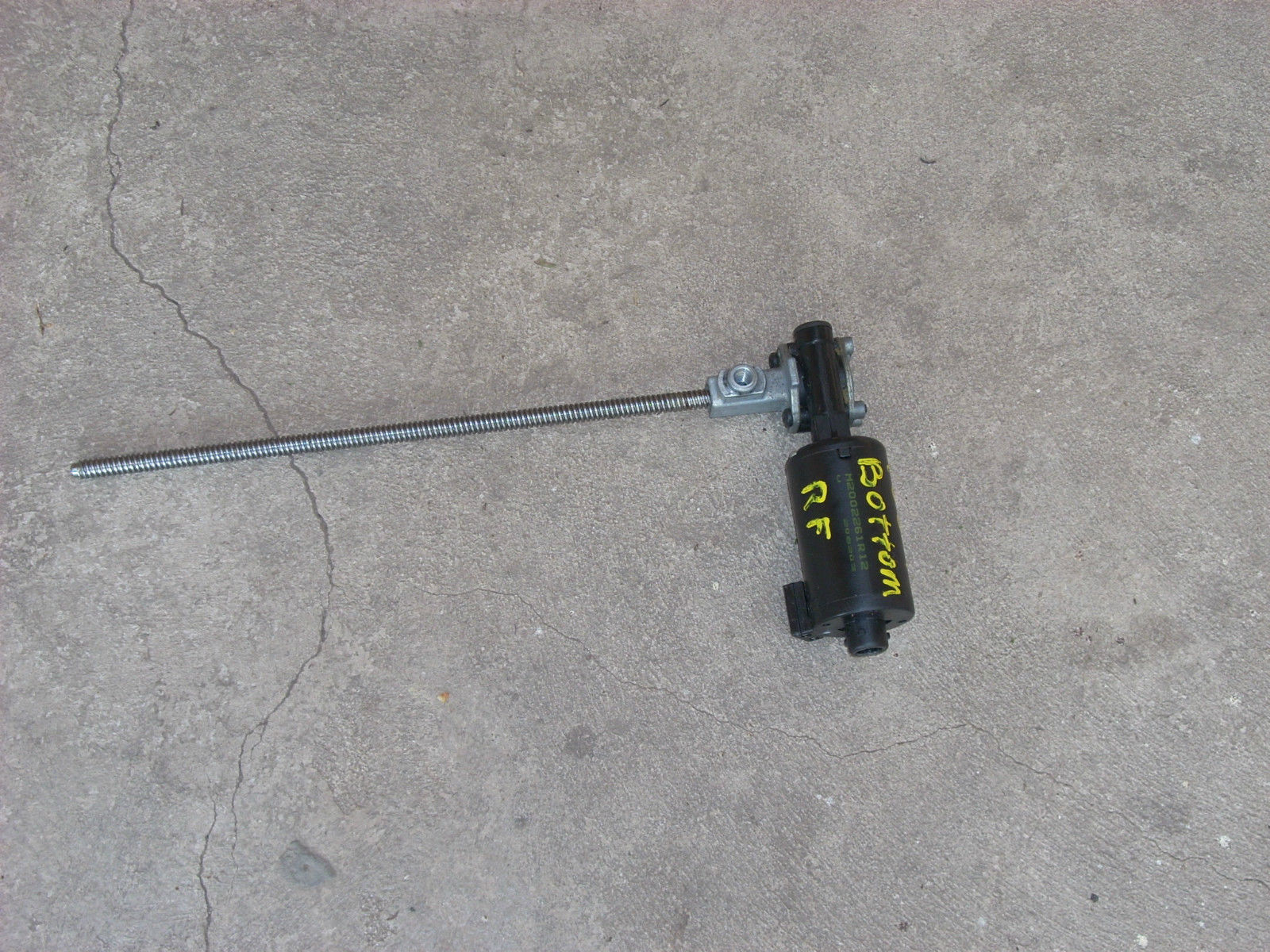 2003 HONDA ACCORD RIGHT FRONT SEAT MOTOR  FORWARD/BACKWARD
