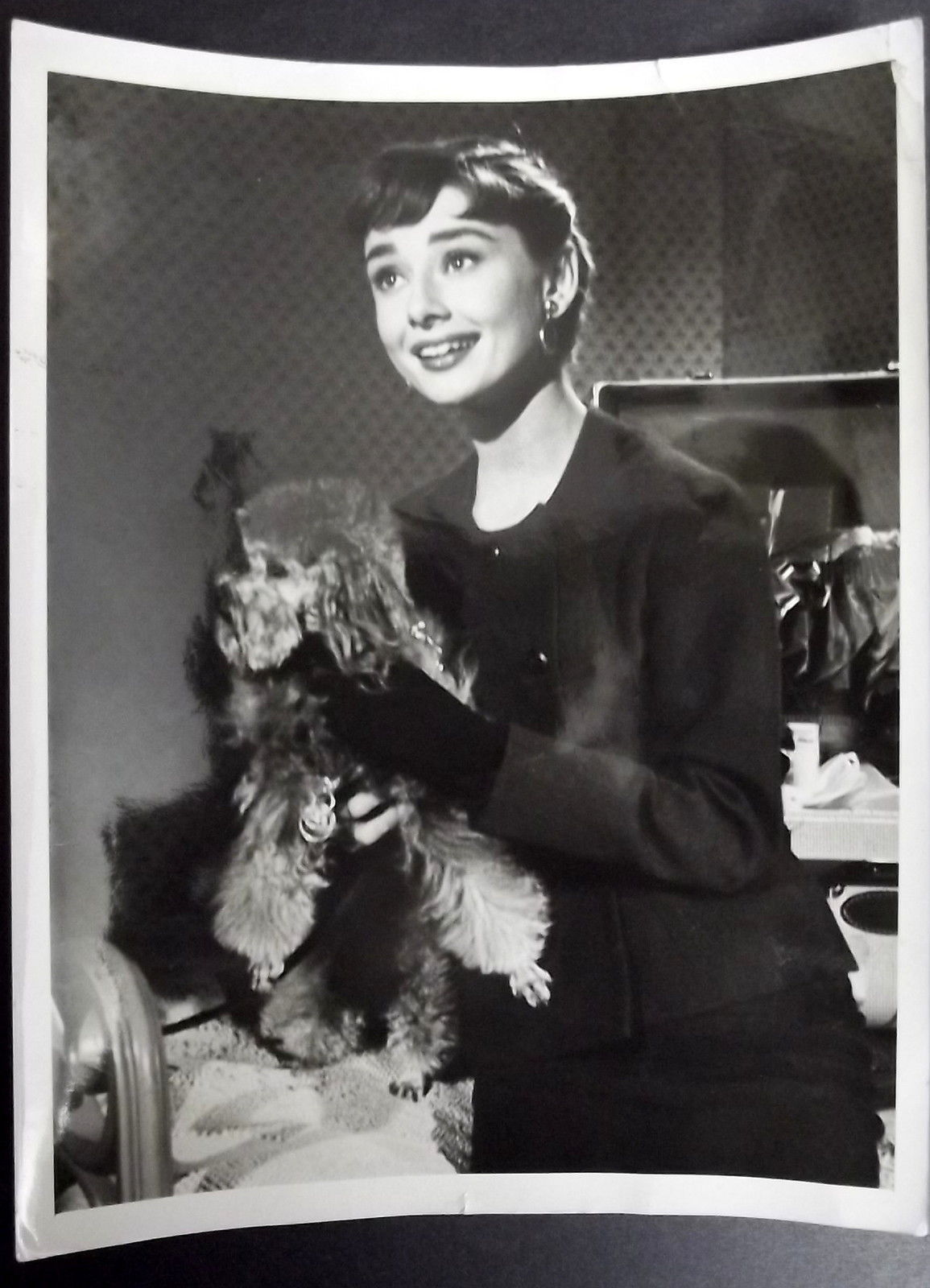AUDREY HEPBURN (RARE UNSEEN VINTAGE PHOTO) CLASSIC ICONIC ACTRESS (WOW)