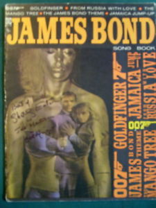 SHIRLEY EATON,URSULA ANDRESS (GOLDFINGER )AUTOGRAPH