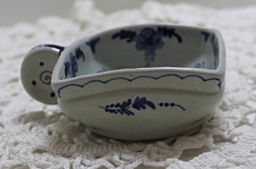 Vintage DELFT POTTERY Handled Porringer Bowl  Serving Dish