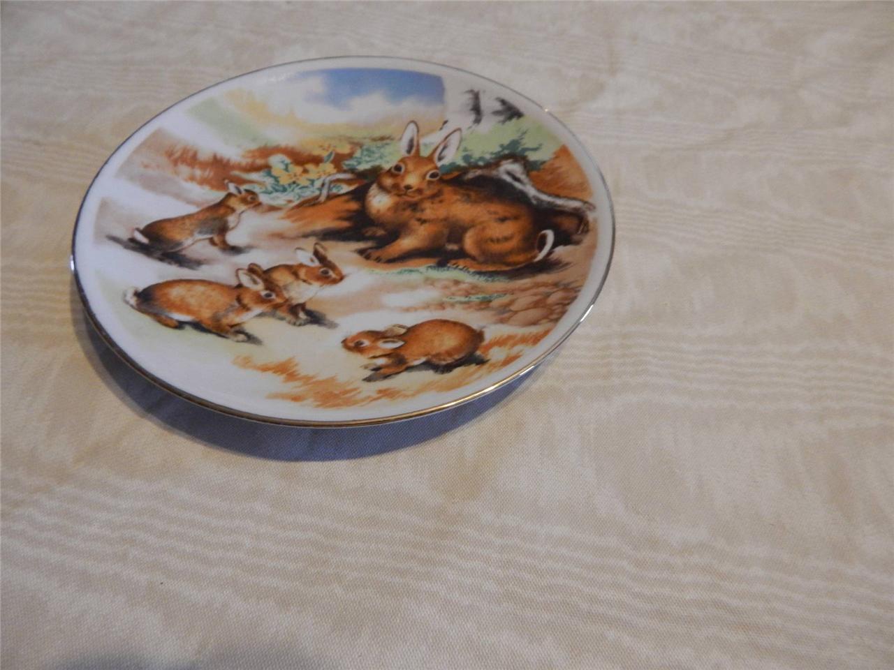 "BUNNY EASTER 8"" PLATE BRITISH WILDLIFE COLLECTION Gold Gild Edge EUC"