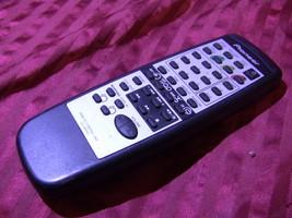 Pioneer Cu Xr050 Oem Remote Control W/Battery Cover - $11.00