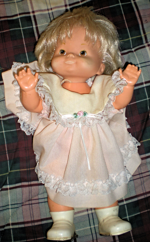 Little Precious  Mattel Doll (Vintage 1976 )