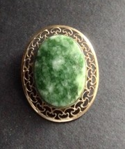 Fabulous Vintage Winard Pin Brooch Green Stone 12K Gold Filigree - $14.75
