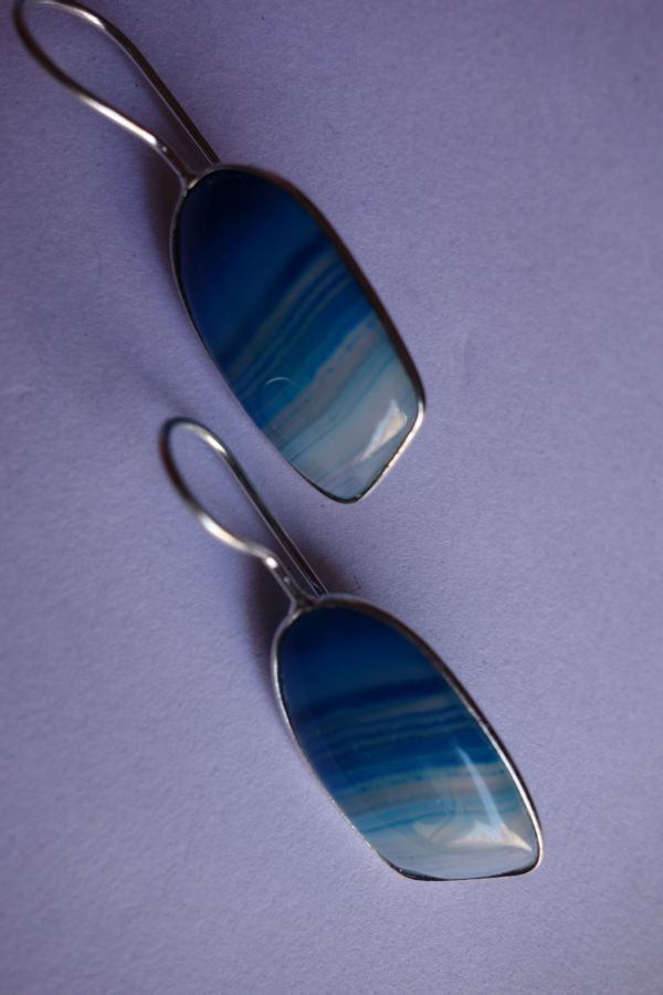 22.70CTS NATURAL CHALCEDONY BLUE & WHITE SILVER PLATED READY TO WEAR EARRINGS#AG