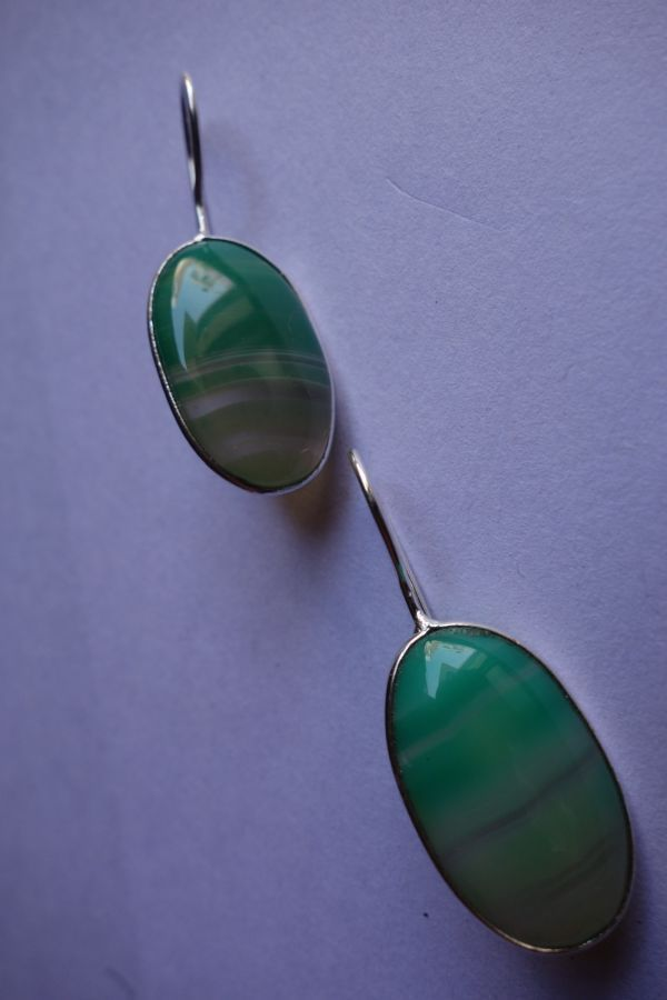 27.95CTS NATURAL CHALCEDONY GREEN & WHITE SILVER PLATED READY TO WEAR EARRINGS#A