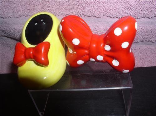 Minnie Mouse Bow & Shoe Salt & Pepper Disney S&P