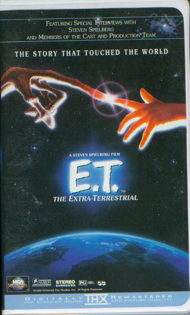 E.t.   the extra terrestrial  clamshell