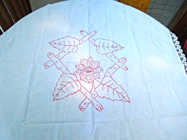 """1880's Antique 36"""" Sq Tablecloth; Redwork Embroidery; Lace Trim #4972"""