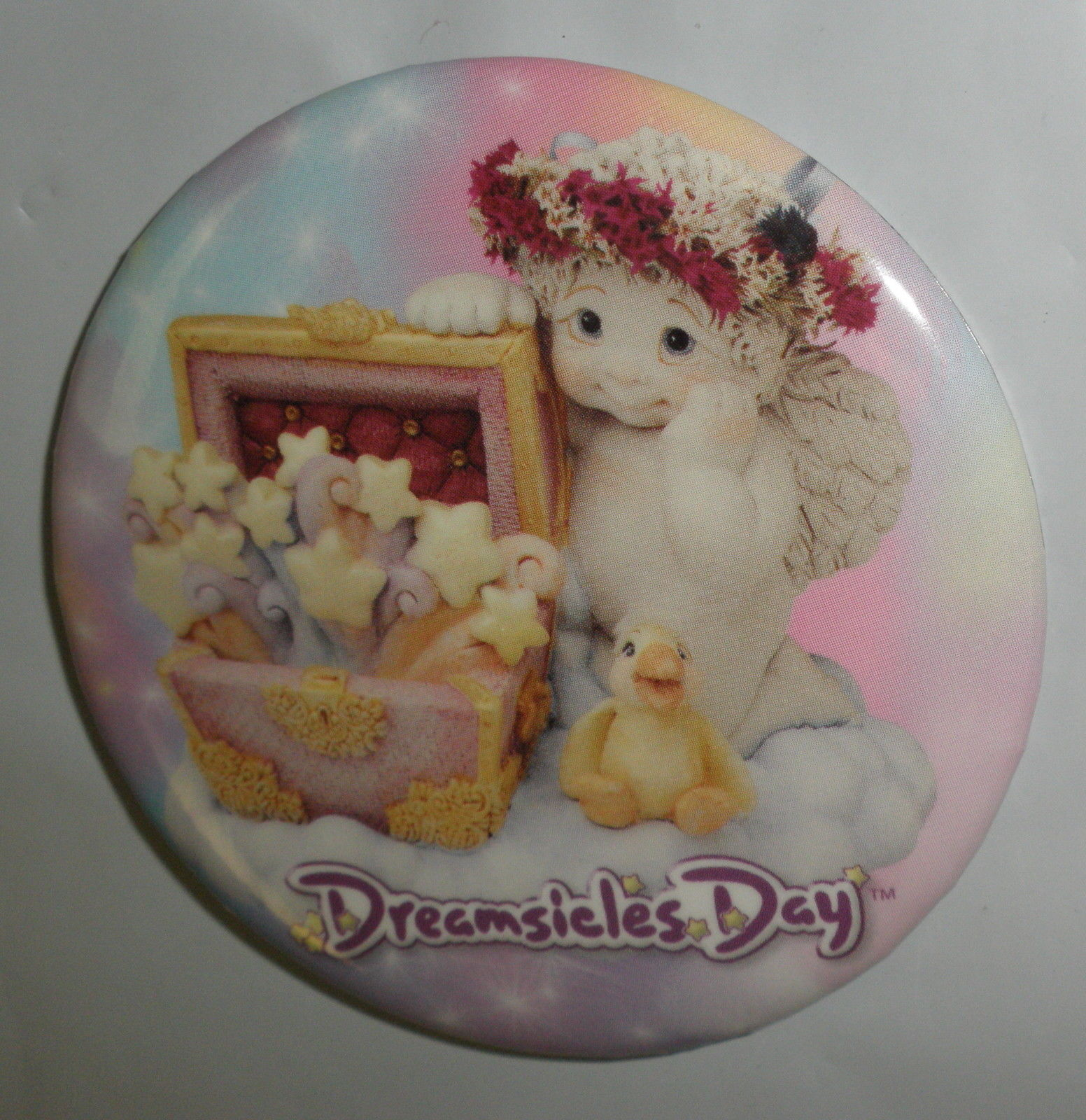 "Dreamsicles Day 3"" Pin"