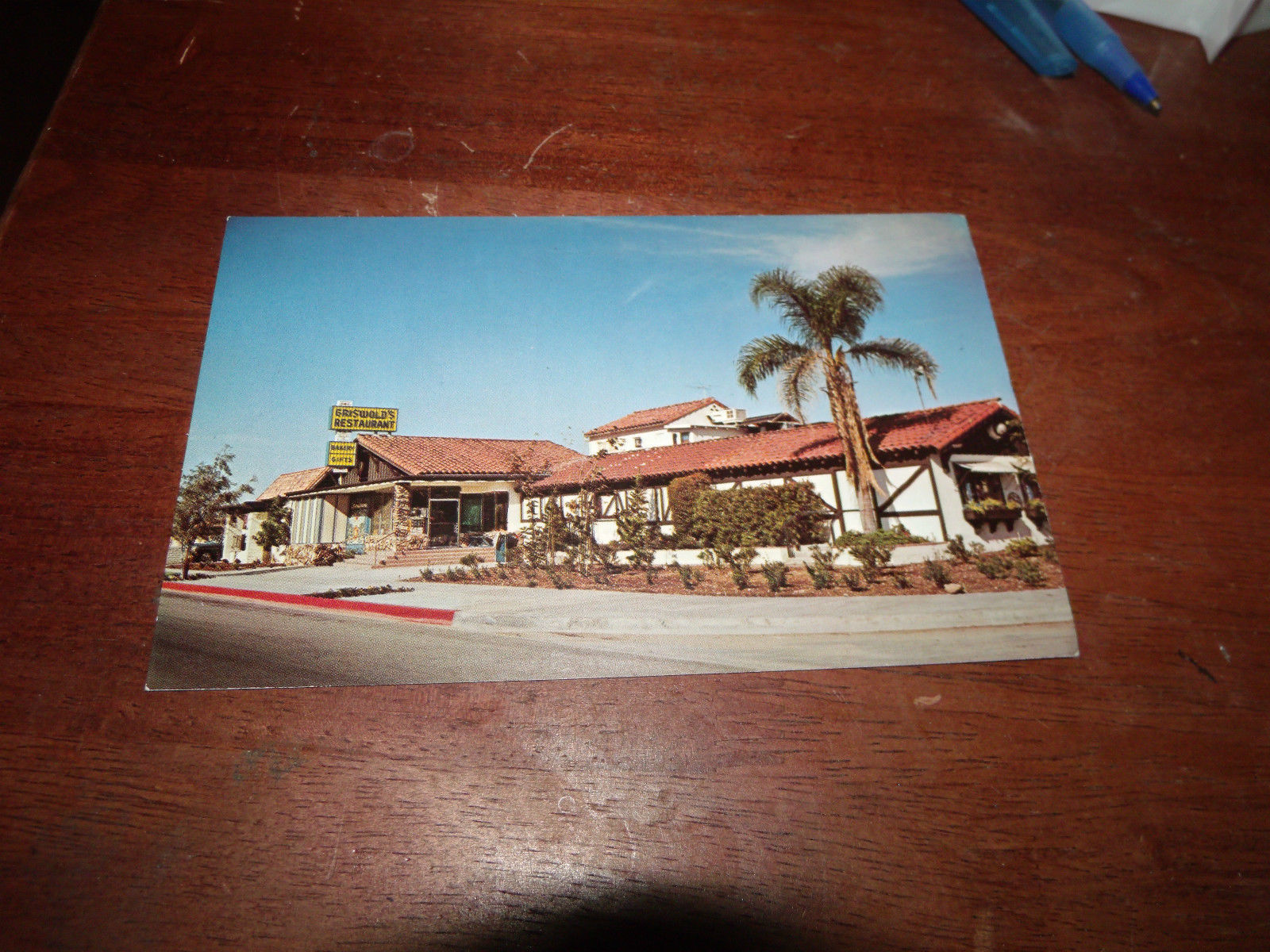 GRISWOLD'S SMORGASBORD CLAREMONT CALIFORNIA UNUSED POSTCARD