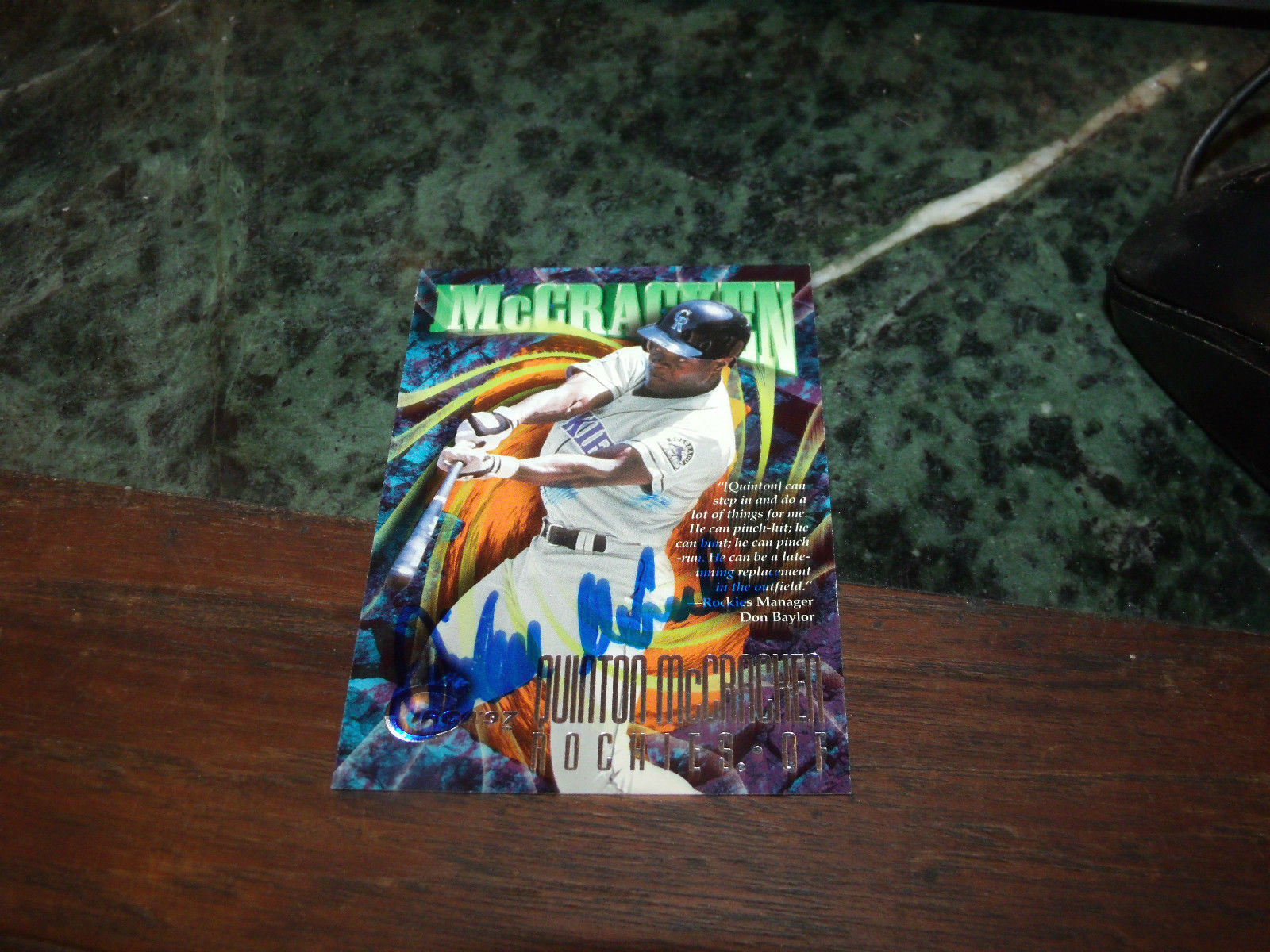 QUINTON MCCRACKEN HAND SIGNED 1997 FLEER CIRCA BASEBALL CARD ROCKIES