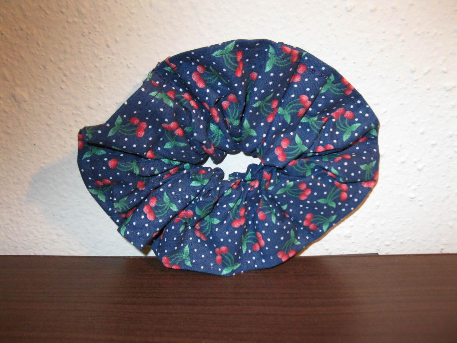 D806 large blue cherry schrunchie