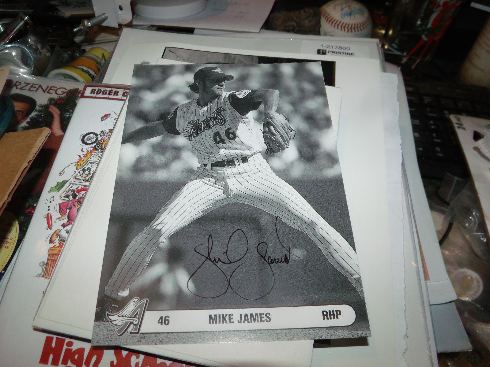 MIKE JAMES HAND SIGNED 5X7 PHOTO CARD ANGELS BASEBALL